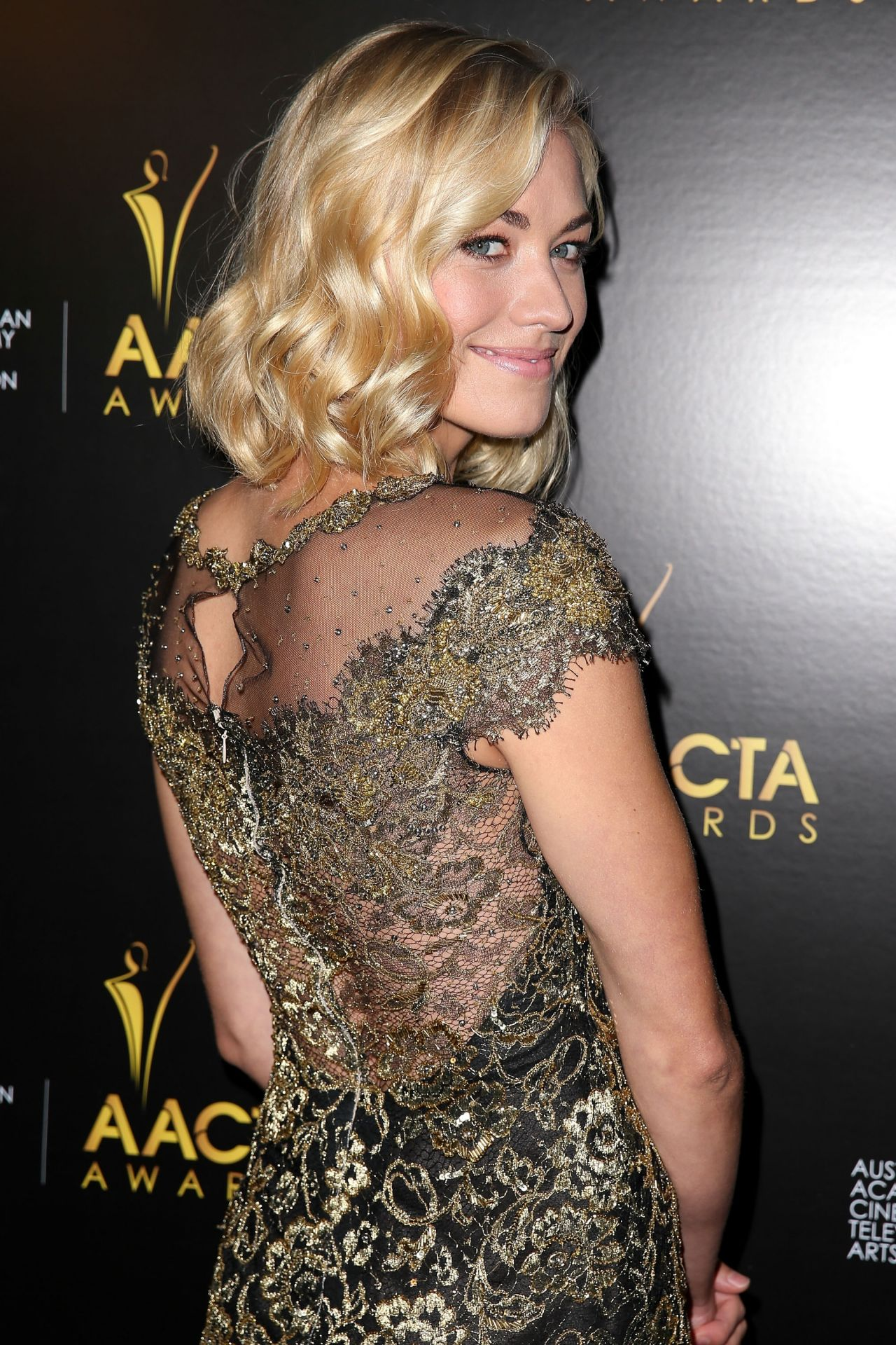 Yvonne Strahovski on Red Carpet - AACTA International Awards in West Hollywood - 2014