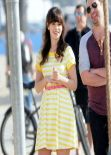 Zooey Deschanel - NEW GIRL Move Set Photos