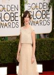 Zooey Deschanel Wears Oscar de la Renta at Golden Globe Awards 2014