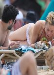 LeAnn Rimes Bikini Candids - Grabs a Bite While Soaking up the Sun - February 2014