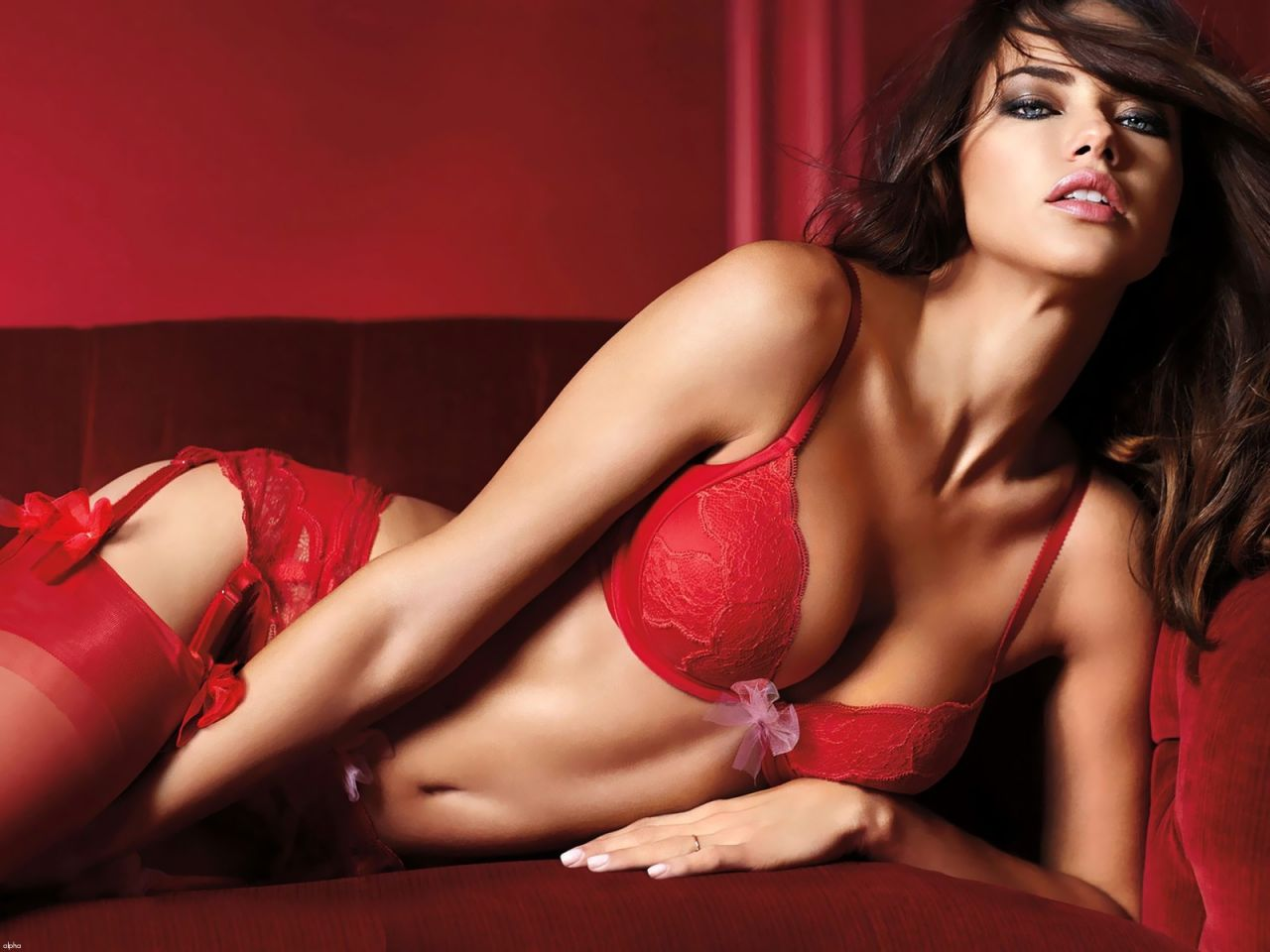 Adriana Lima Hot Wallpapers (+2)