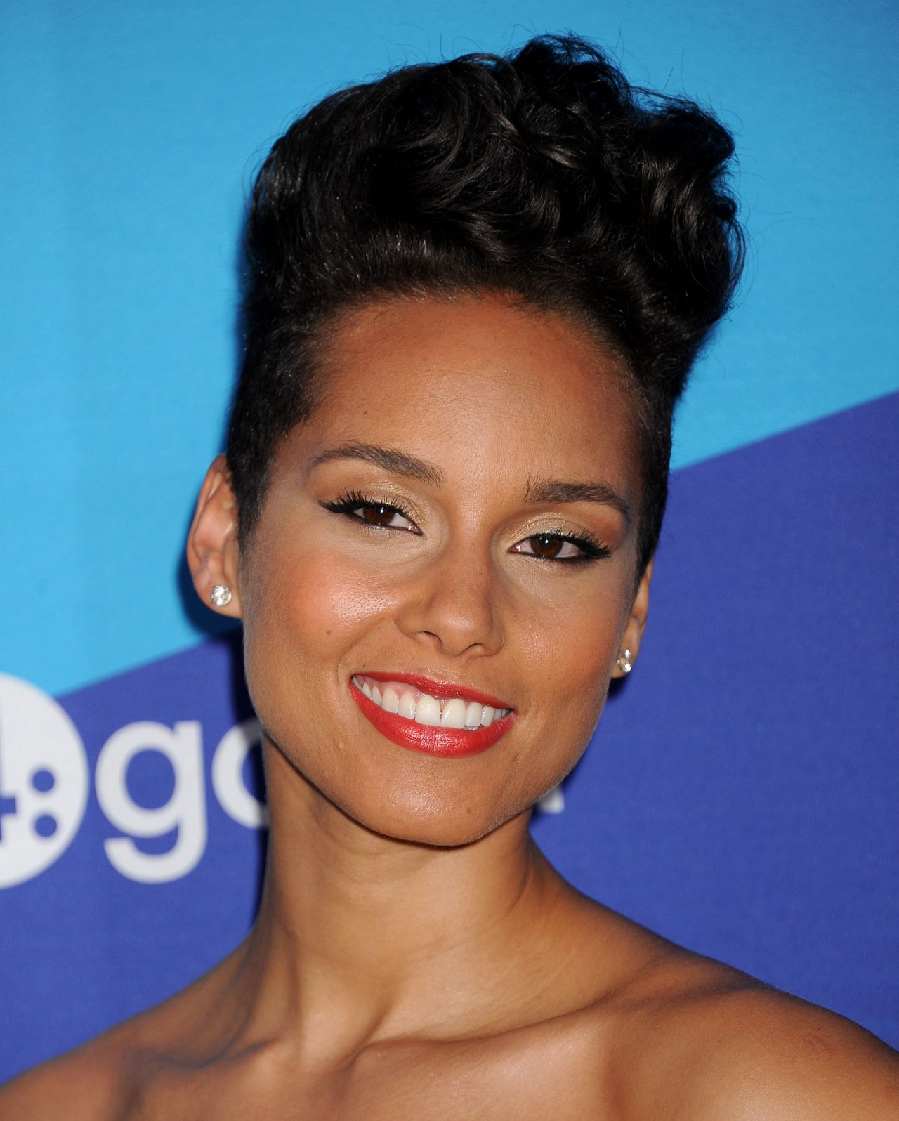 Alicia Keys - Variety's unite4:humanity Gala – February 2014