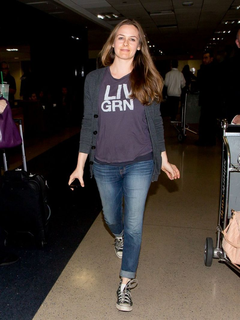 Alicia Silverstone In Jeans At Lax Airport February 2014