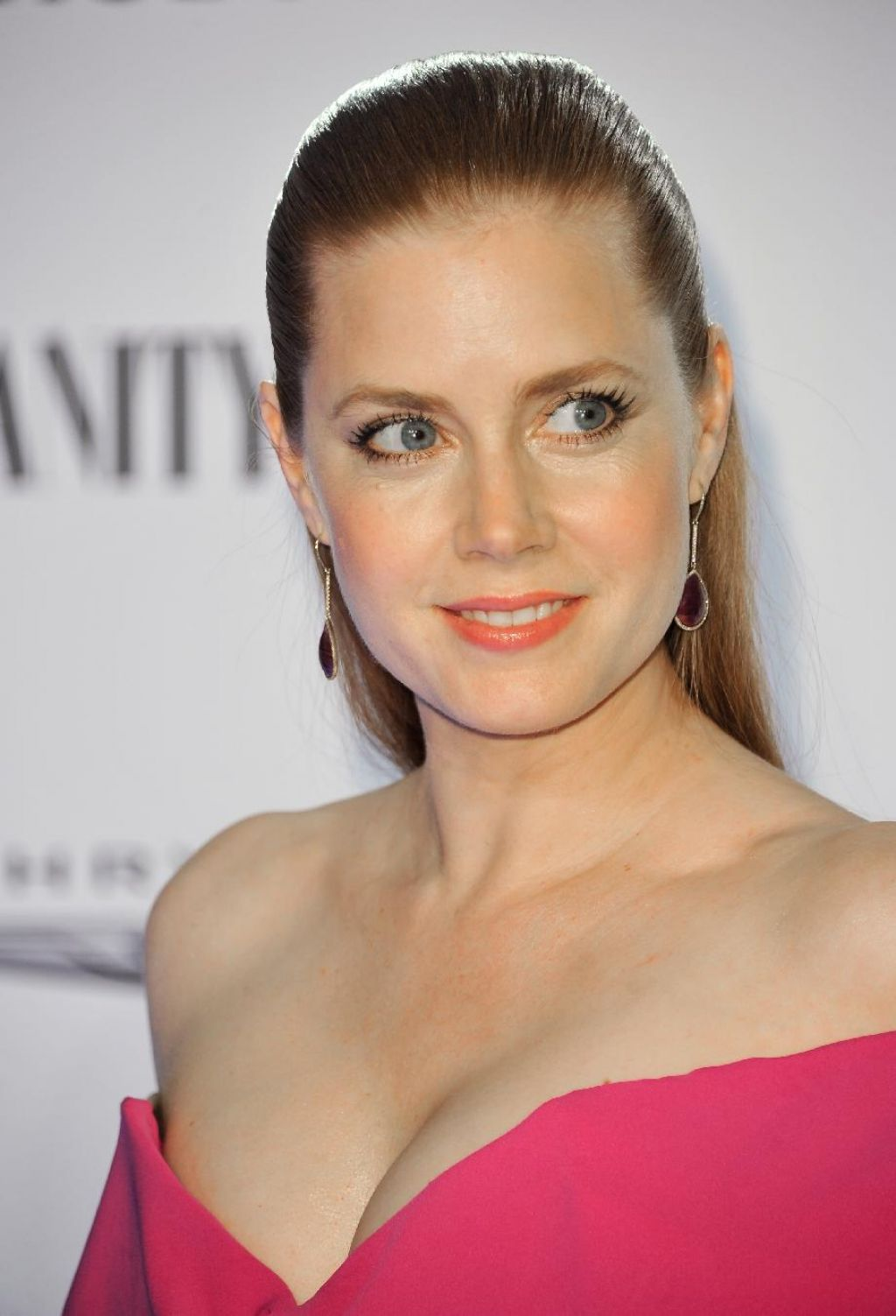 Amy Adams Attends Vanity Fair And Chrysler Toast American Hustle in Los Angeles