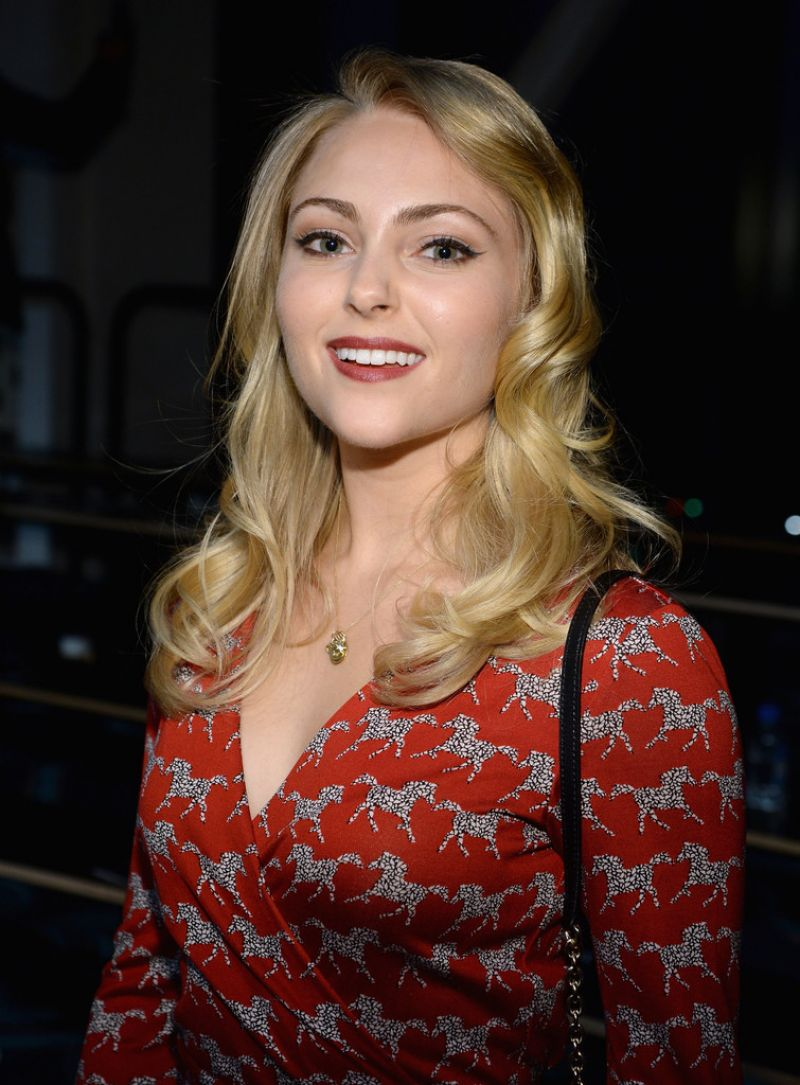 AnnaSophia Robb - Diane Von Furstenberg 2014 Fashion Show in New York City