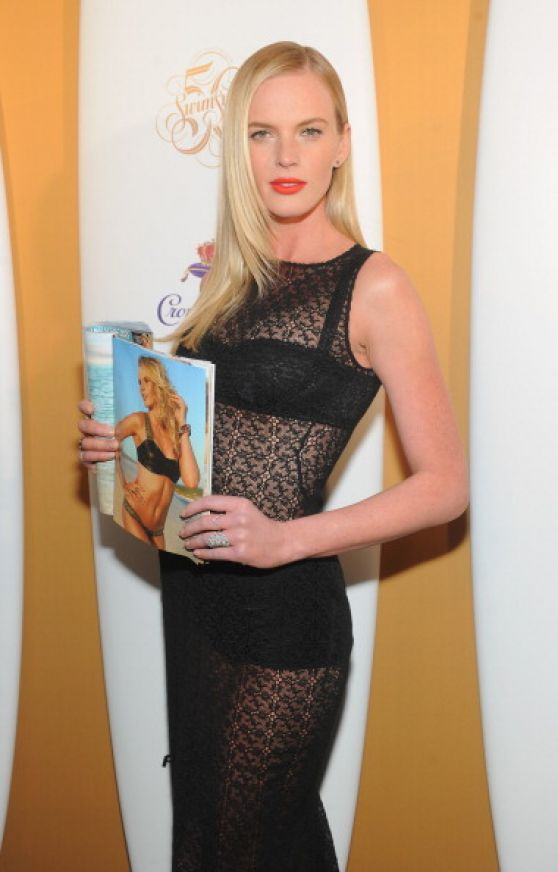 Anne Vyalitsyna - Sports Illustrated Swimsuit Celebrates 50 Years Of Swim In New York City
