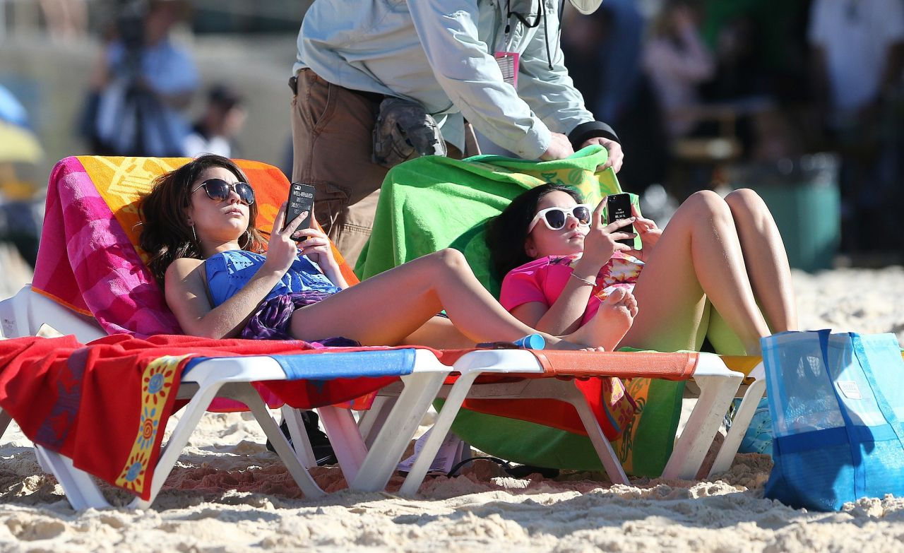 Ariel Winter and Sarah Hyland - Bondi Beach in Australia, February 2014