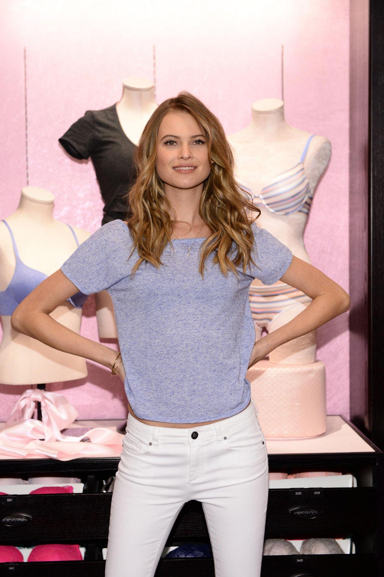 5c700c3b9be5f Behati Prinsloo - T-Shirt Bra Launch at Victoria's Secret in New ...