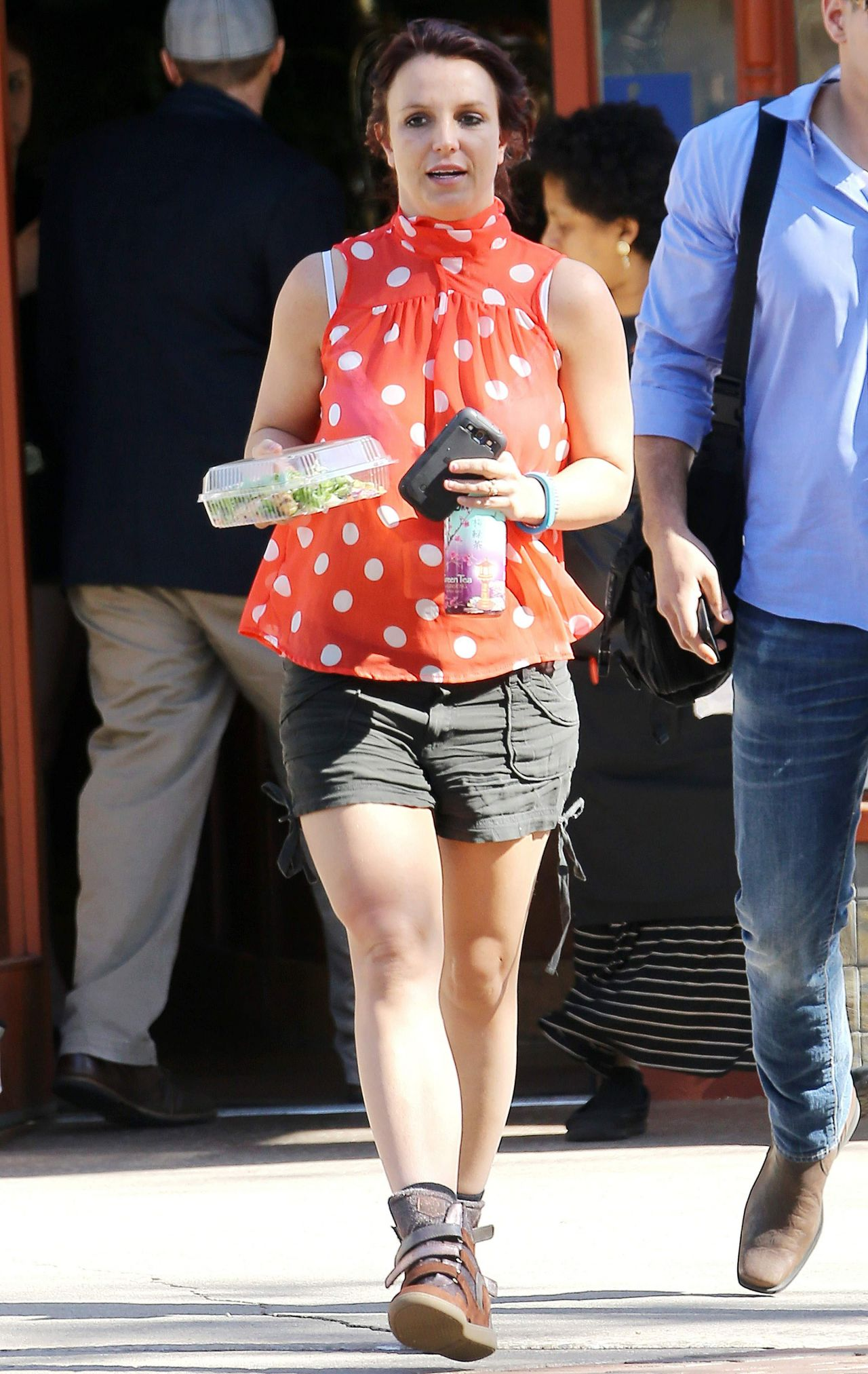 Britney Spears - Running Errands in Los Angeles, February 2014
