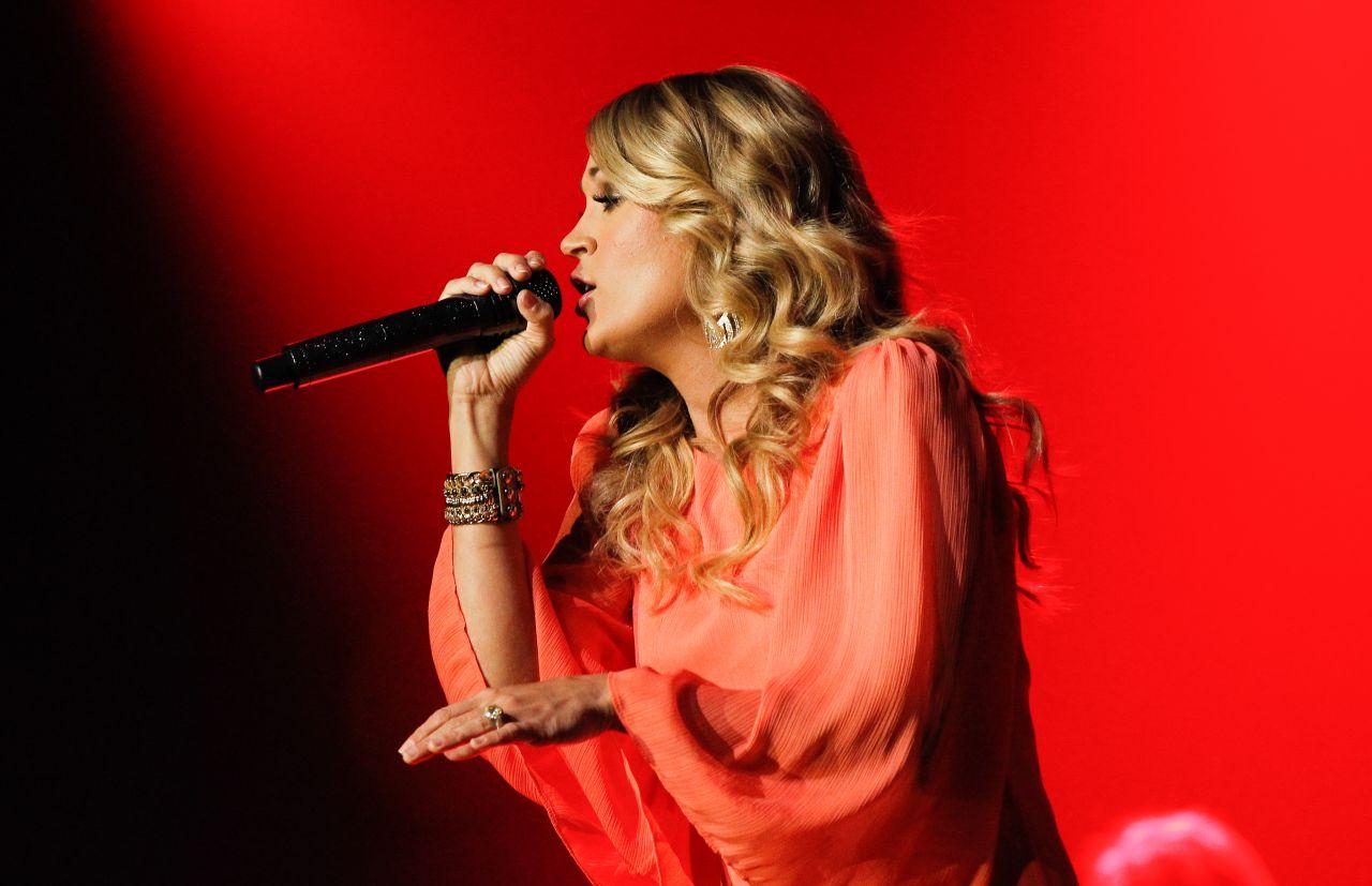 Carrie Underwood 2014 Country Radio Seminar In Nashville