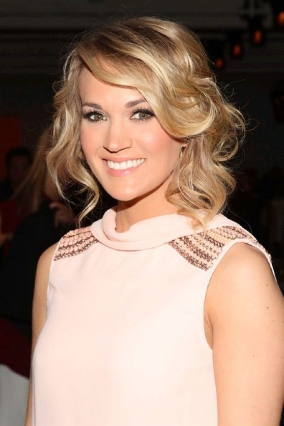 Carrie Underwood - Mercedes Benz Fashion Week in New York, February 2014