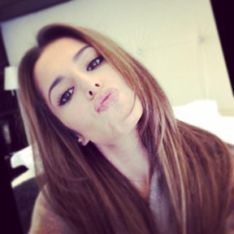Cheryl Cole Twitter Instagram Facebook Photos - February ... Gisele Bundchen Instagram