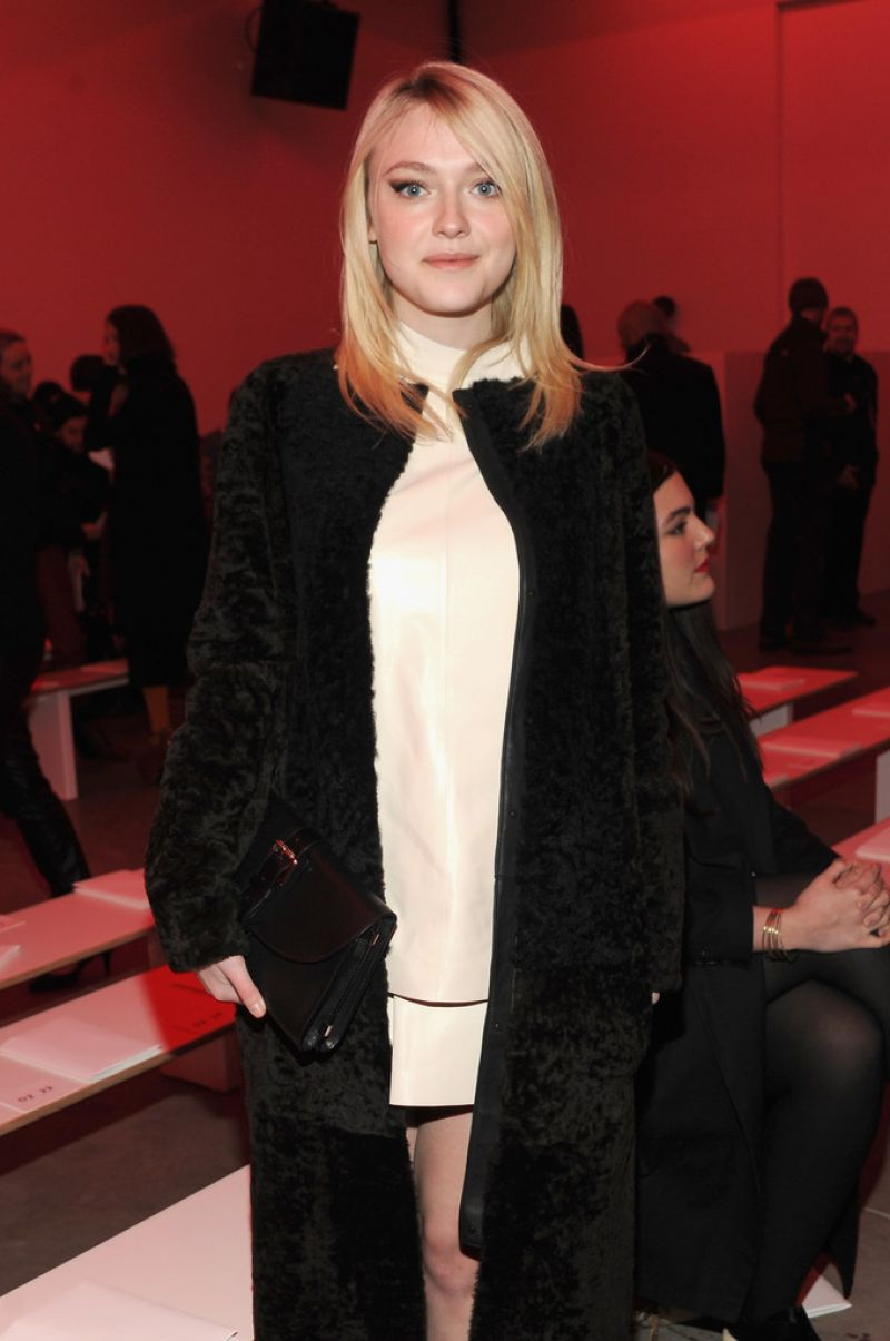 Dakota Fanning - Proenza Schouler Fashion Show in New York City, Feb. 2014
