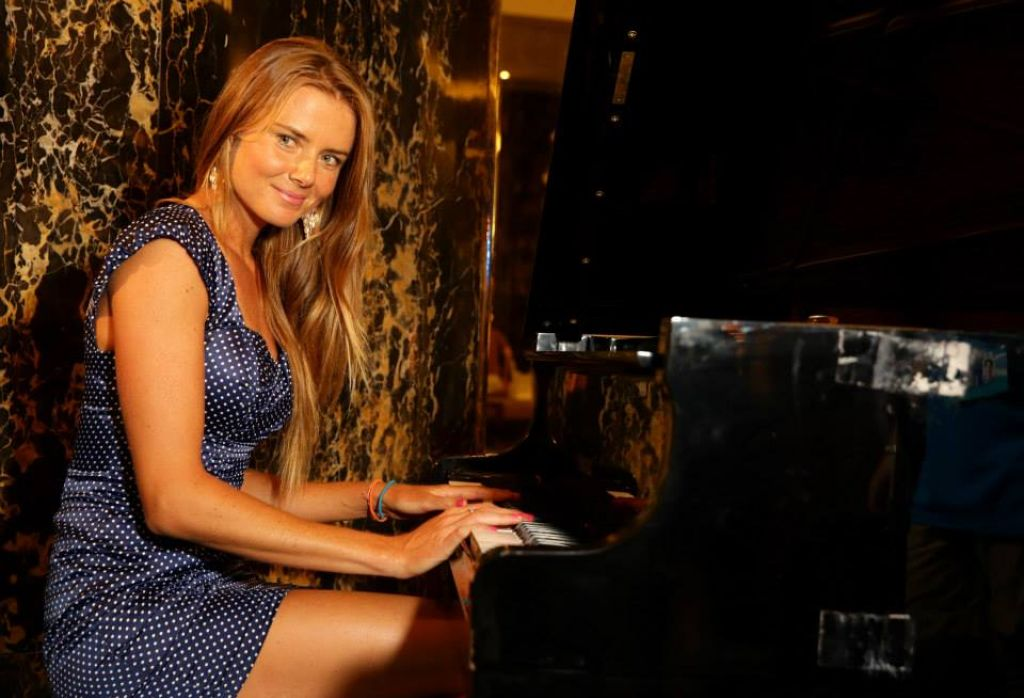 Daniela Hantuchova - Photoshoot in Australia - January 2014