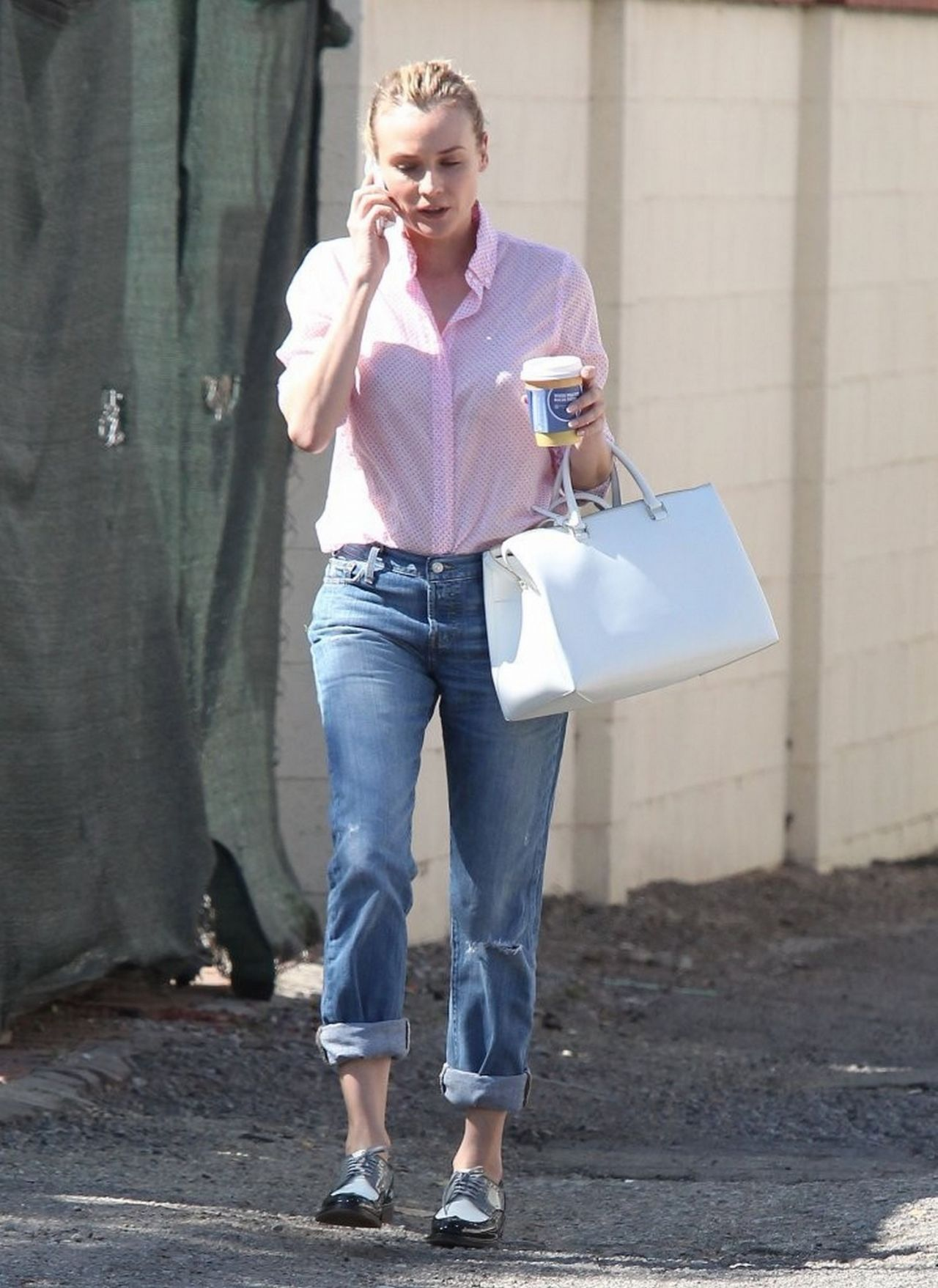 every breaking wave. Diane-kruger-casual-style-out-and-about-in-west-hollywood-february-2014_5