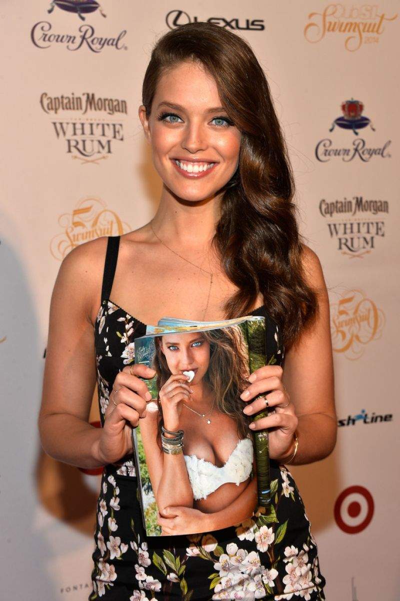 Emily Didonato - Club SI Swimsuit At LIV Nightclub Fontainebleau – Miami Beach