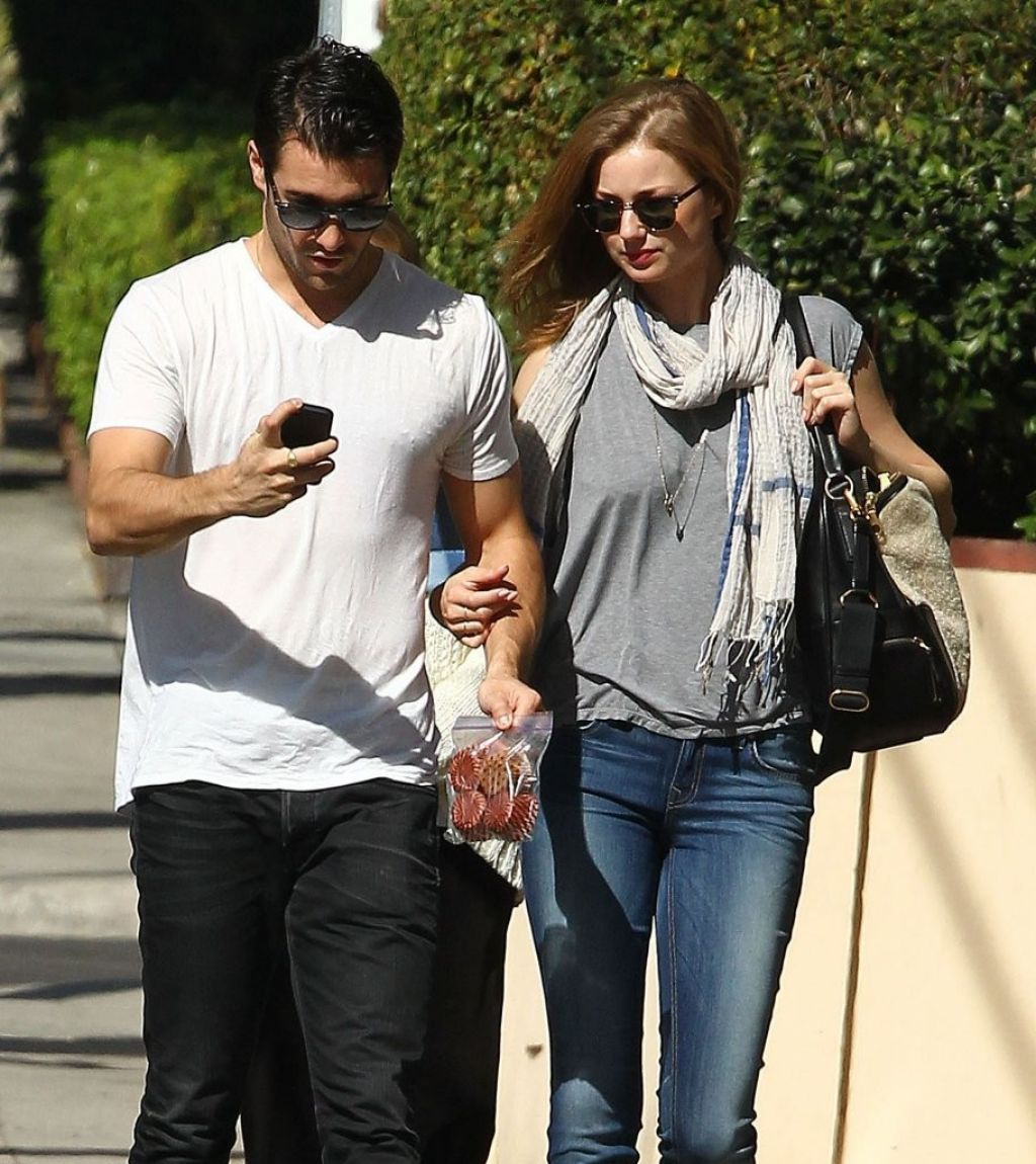 Emily VanCamp & Josh Bowman Hold Hands Out in West ...  Emily VanCamp &...