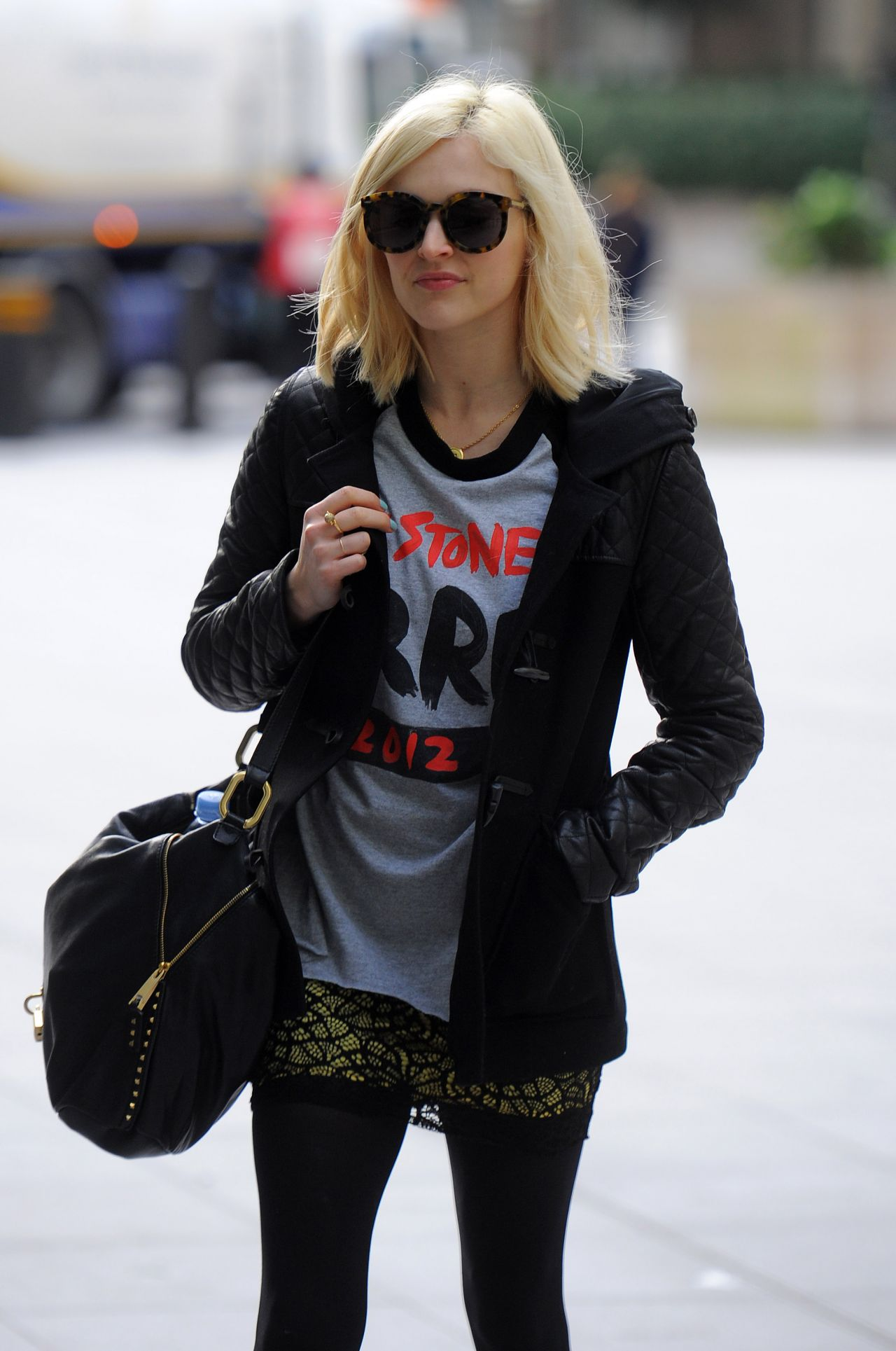 Fearne Cotton Street Style - Arriving to the BBC Radio 1 Studios in London - February 2014