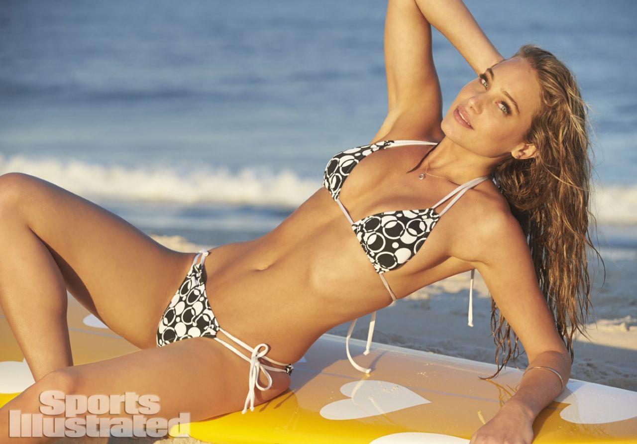 Hannah Davis Sports Illustrated 2014 Swimsuit Issue Part 2