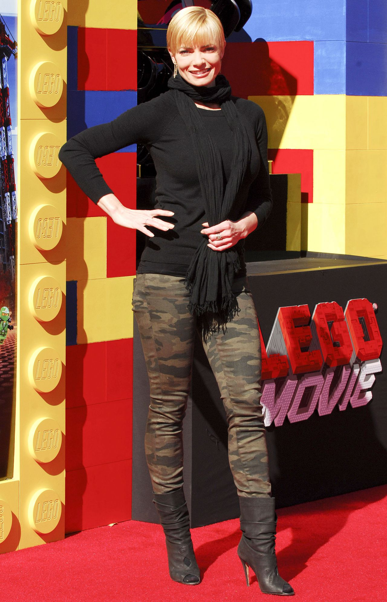 Jaime Pressly on Red Carpet - THE LEGO MOVIE Premiere in Los Angeles