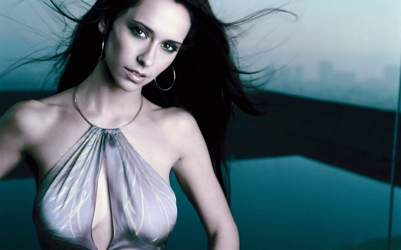 Jennifer Love Hewitt Hot Wallpapers 16-1216