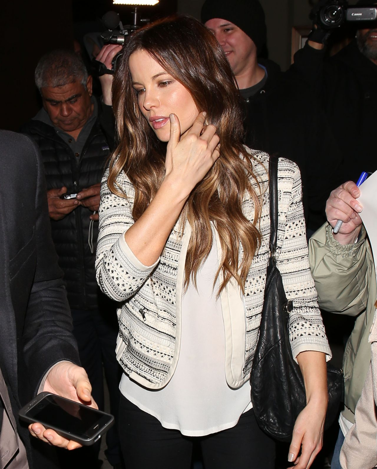 Kate Beckinsale - Leaving Craig