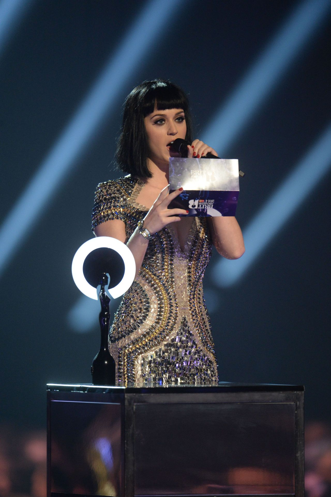 Katy Perry In Dress For The Brit Awards 2014