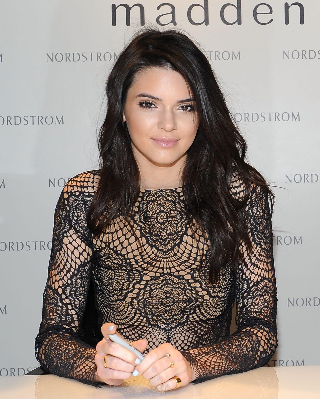 19522e02542 Kendall Jenner   Kylie Jenner at Nordstrom in Glendale - February 2014