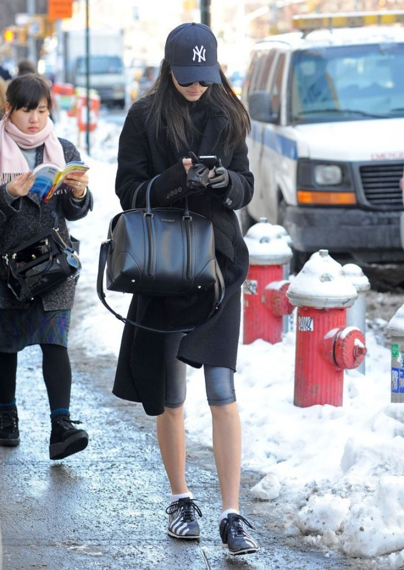 Kendall Jenner Street Style - Going to the Gym in New York City, February 2014