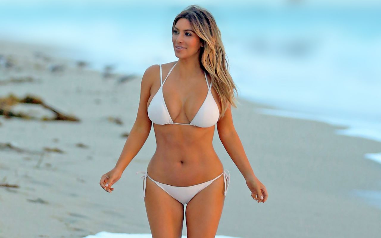 Kim kardashian bikini galleries