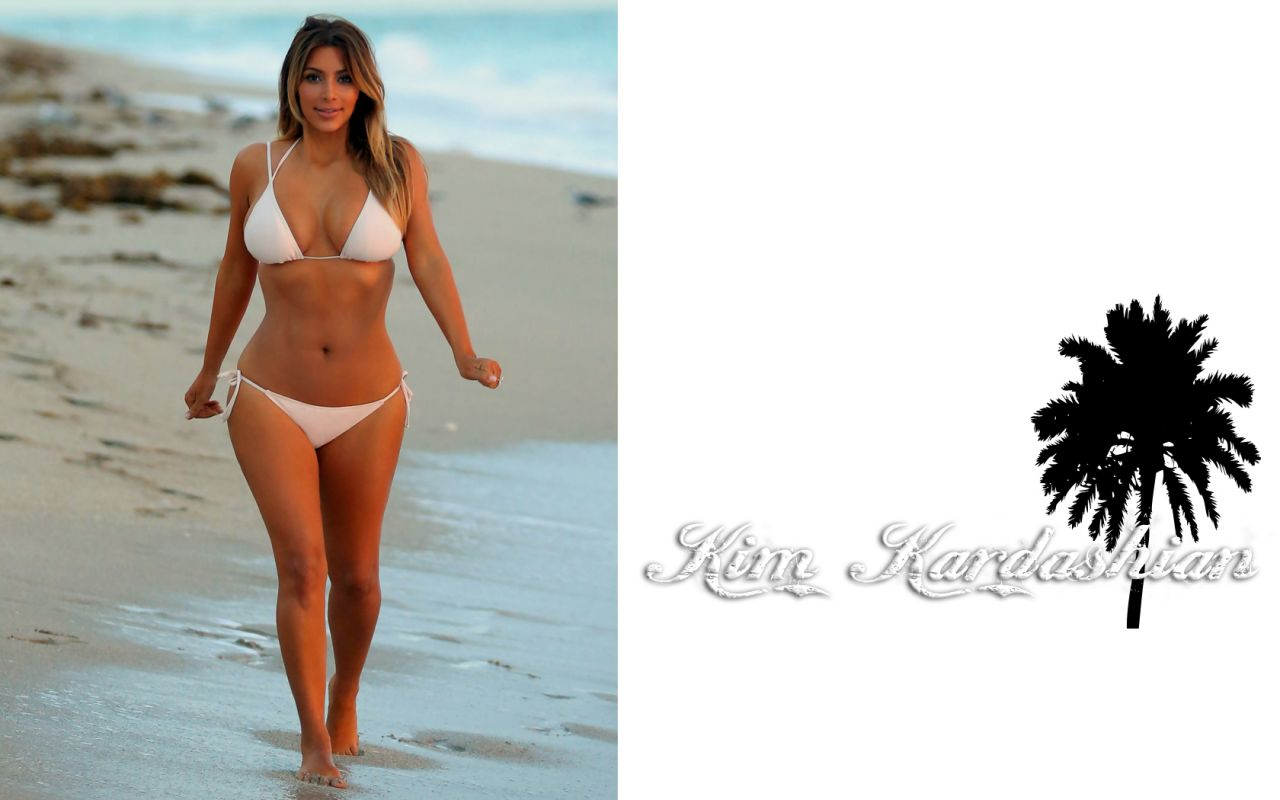 Kim Kardashian Bikini Wallpaper