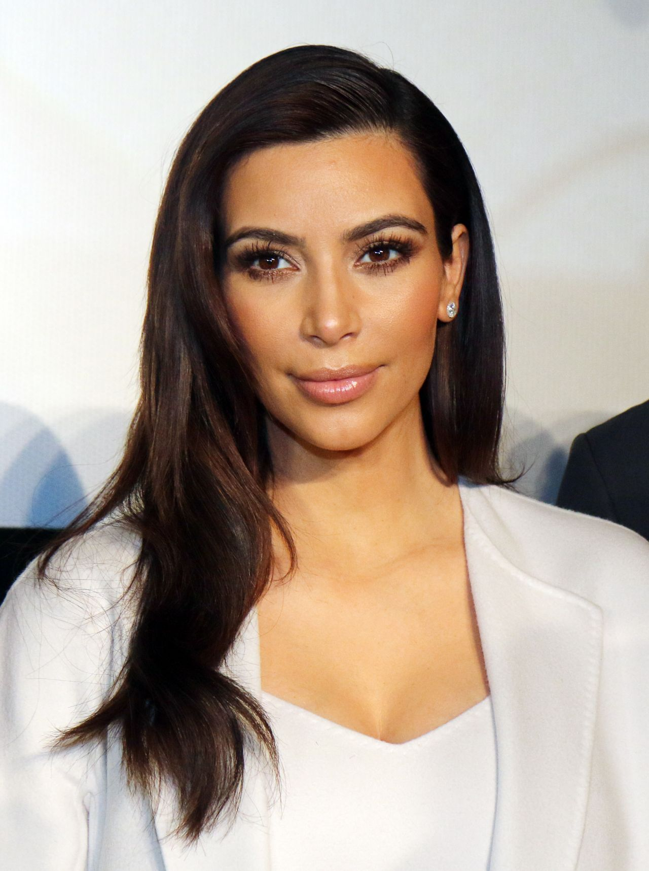 Kim Kardashian - News Conference in Vienna, Austria - February 2014