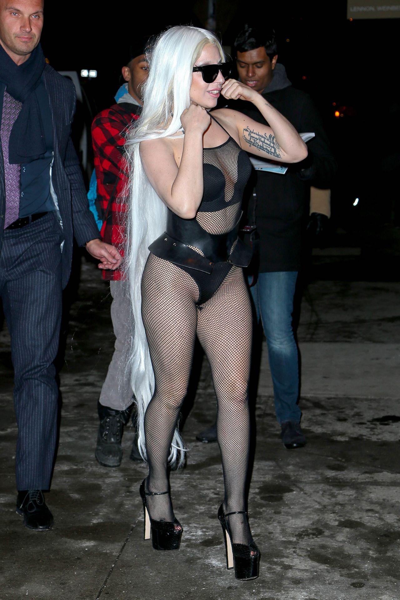 lady-gaga-in-new-york-city-february-2014