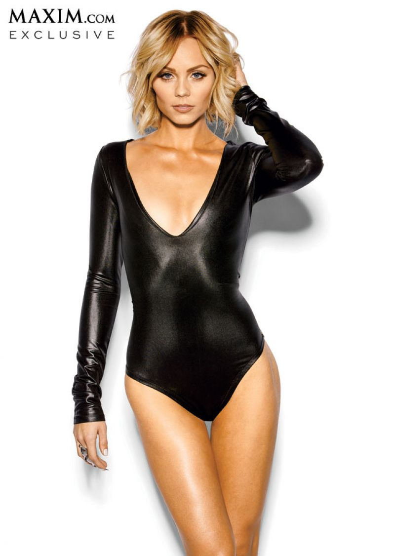 Laura Vandervoort - MAXIM Magazine - March 2014 Issue