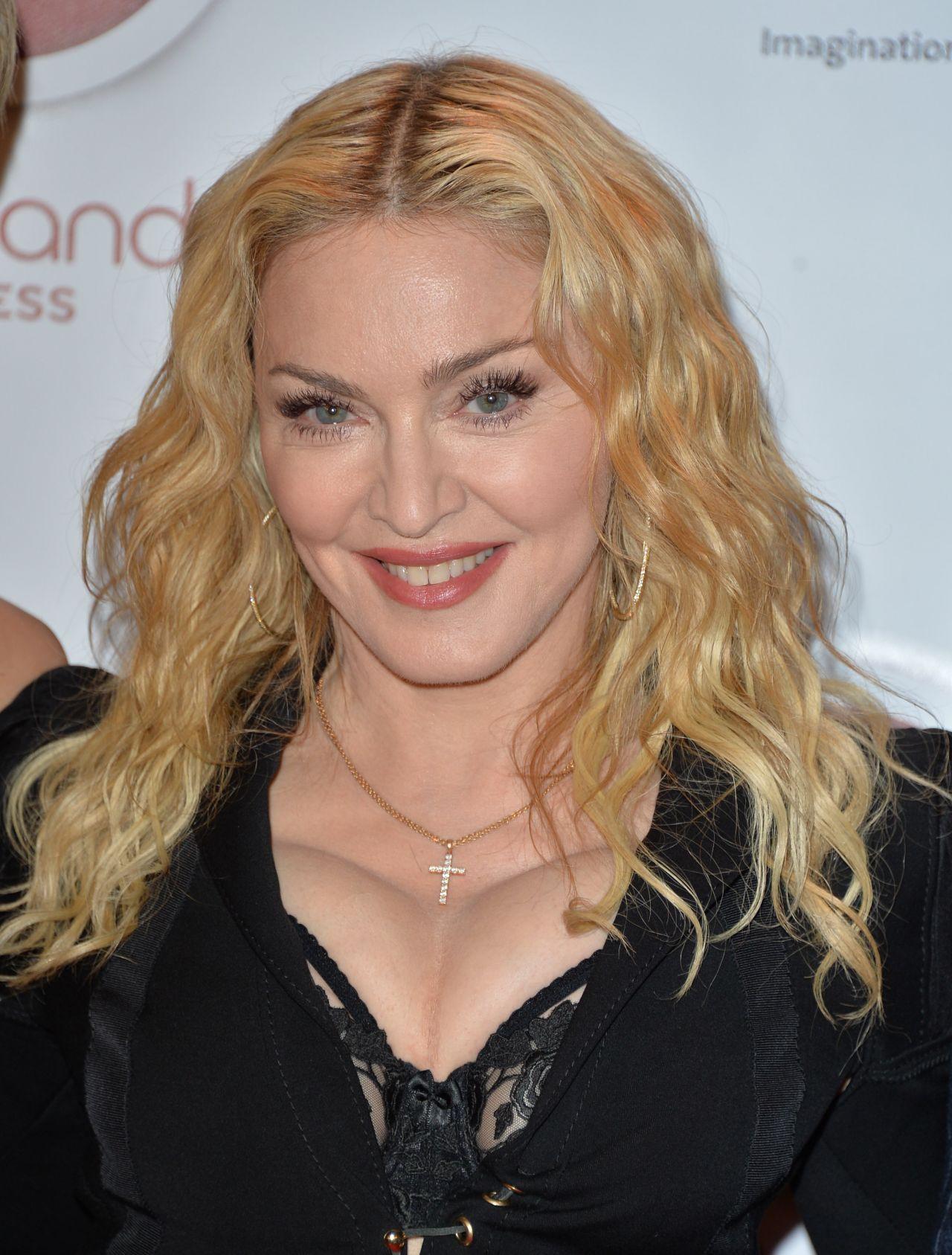 Madonna - Hard Candy Fitness Toronto Grand Opening ...