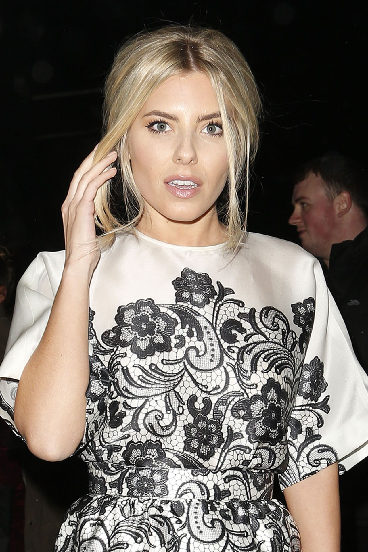 Mollie King - INSTYLE Magazine