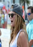 Nina Agdal Looked Hot at the Sports Illustrated Swimsuit 2014 Beach Volleyball Models & Celebrity Chefs