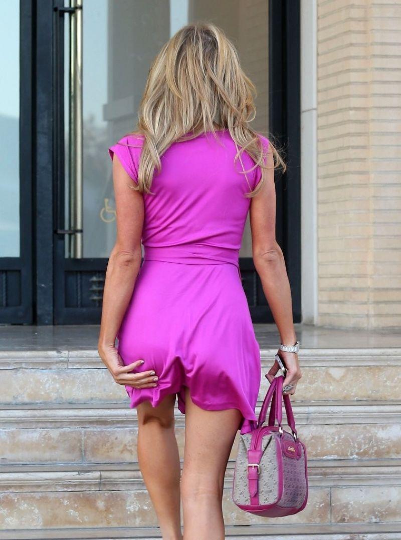 Paris Hilton Shopping At Barneys Drives A Pink Bentley Continental Gt February on Red Bentley Continental Gt