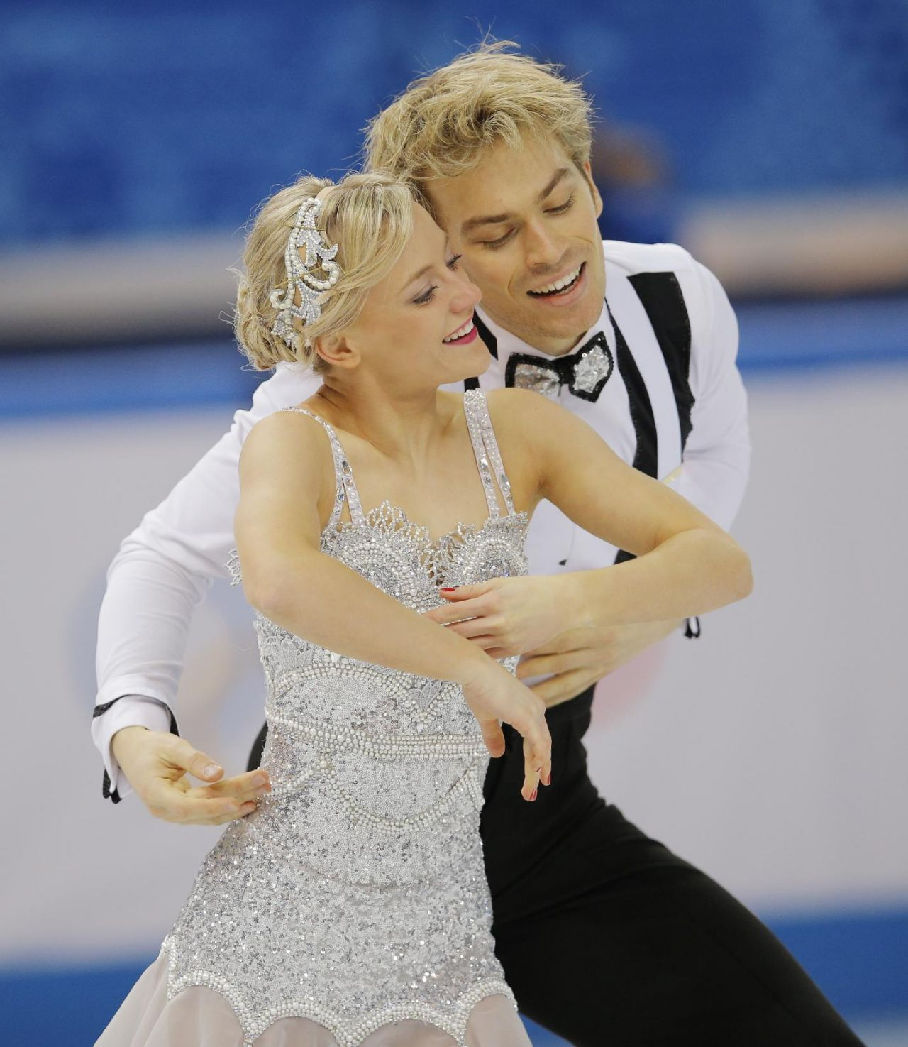 Penny Coomes - Sochi 2014 Winter Olympics - Team Ice Dance (Short Dance)