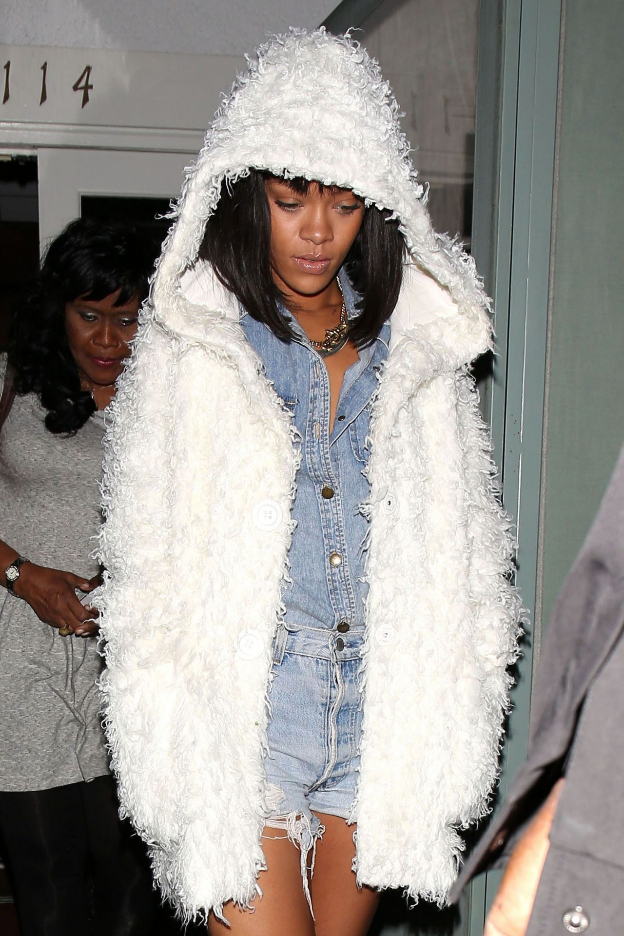 Rihanna - Leaving the Giorgio Baldi Restaurant With Her Mom - Santa Monica, February 2014