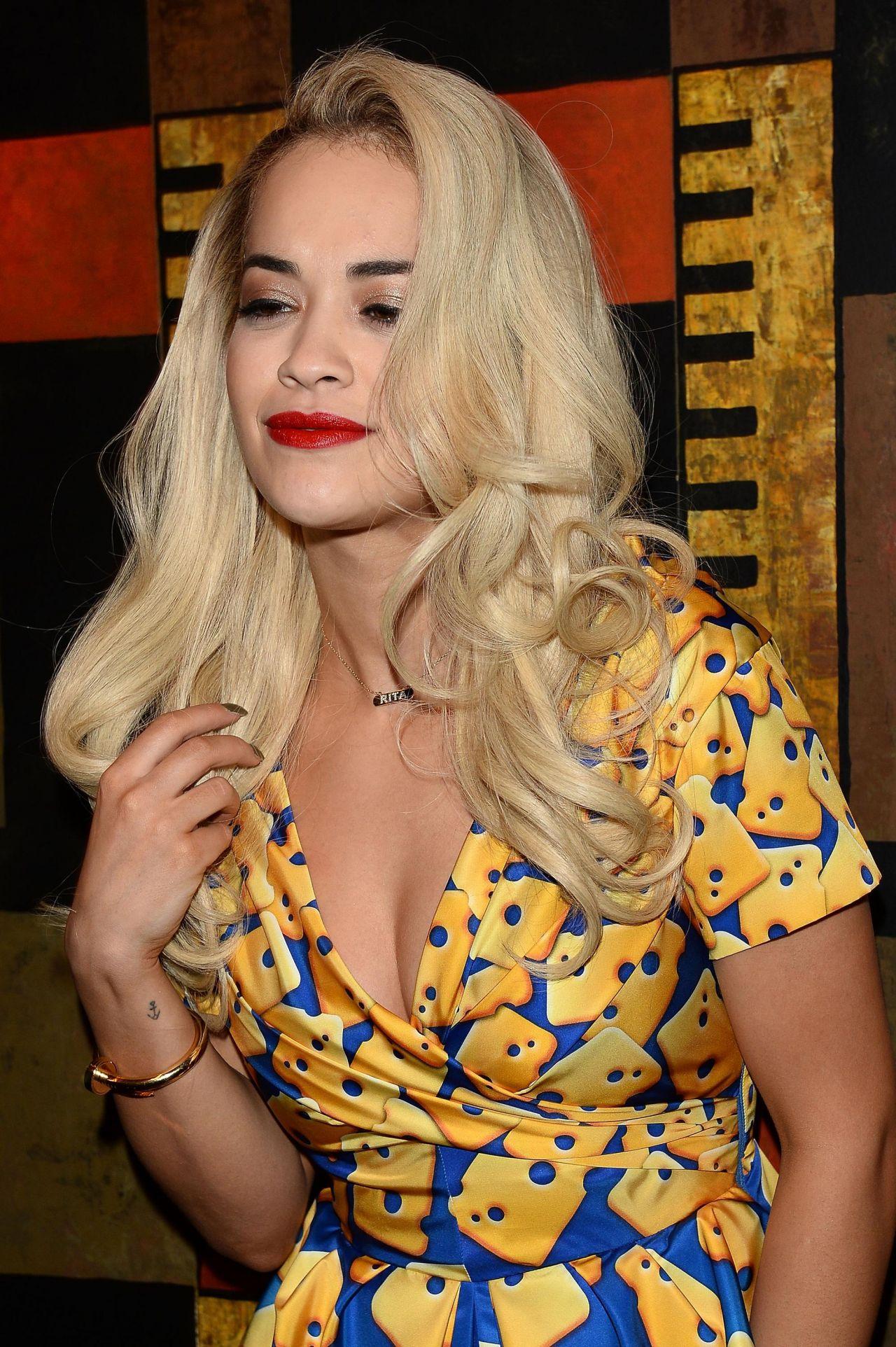Rita Ora Moschino Show Milan Fashion Week February 2014