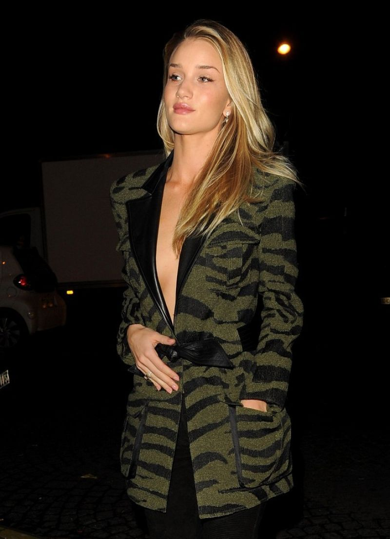 Rosie Huntington-Whiteley Night Out Style - Leaving Her Hotel in Paris - Feb. 2014