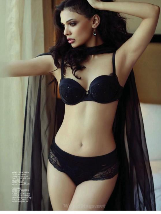 sara-loren-maxim-magazine-india-february-2014-issue_6