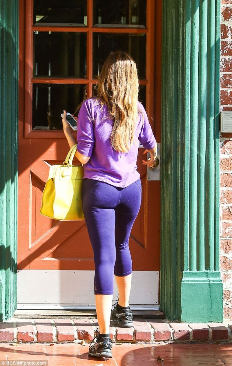 Sofia Vergara Booty In Tights - Out In Los Angeles - Feb 2014-8610