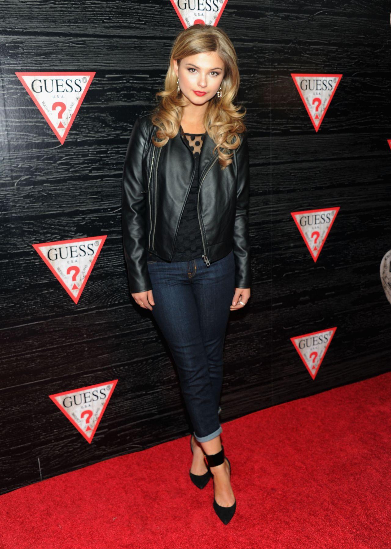 Stefanie Scott Attends Guess New York Fashion Week