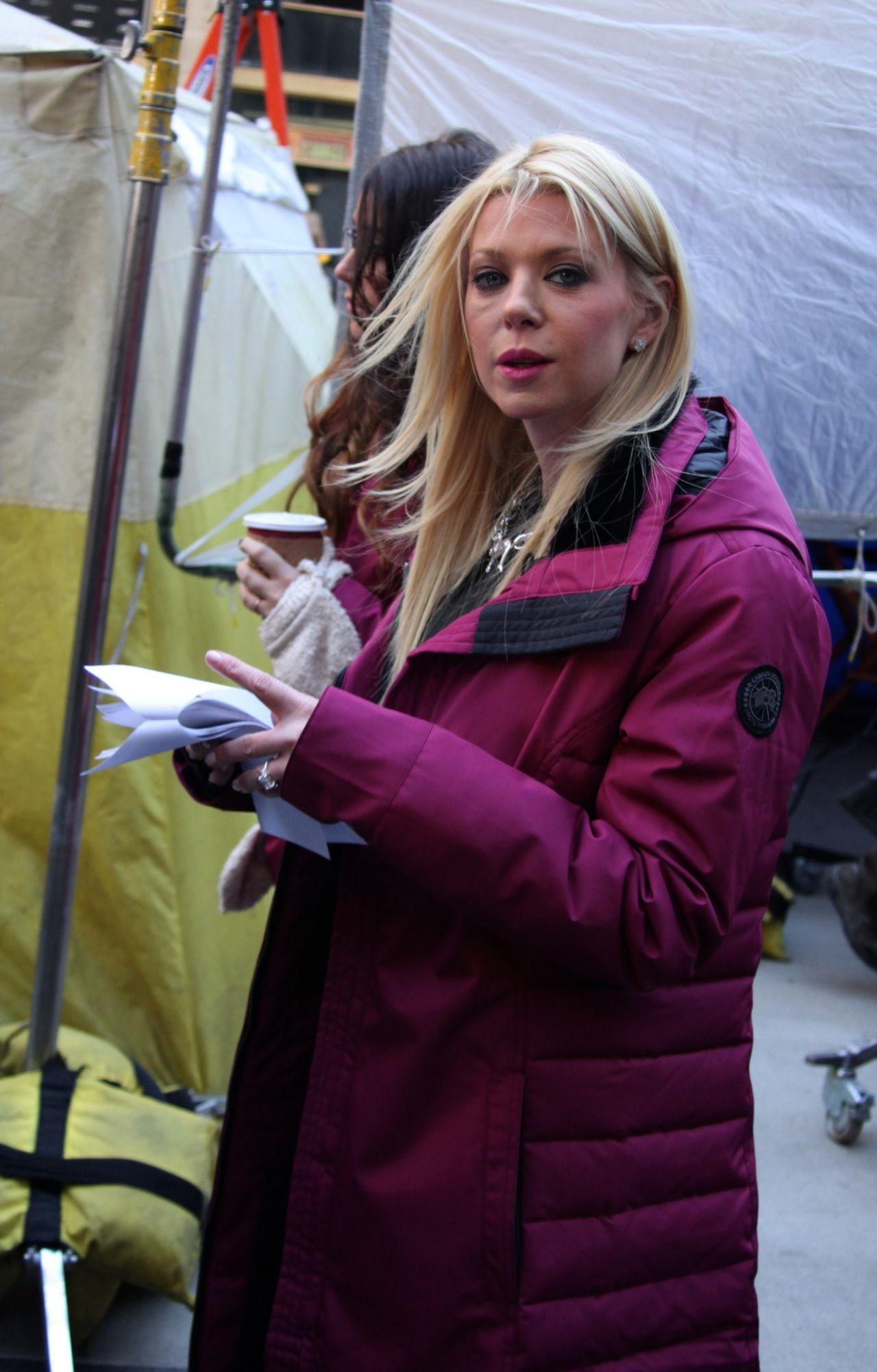 Tara Reid - 'Sharknado 2' Movie Set Photos - Manhattan ...