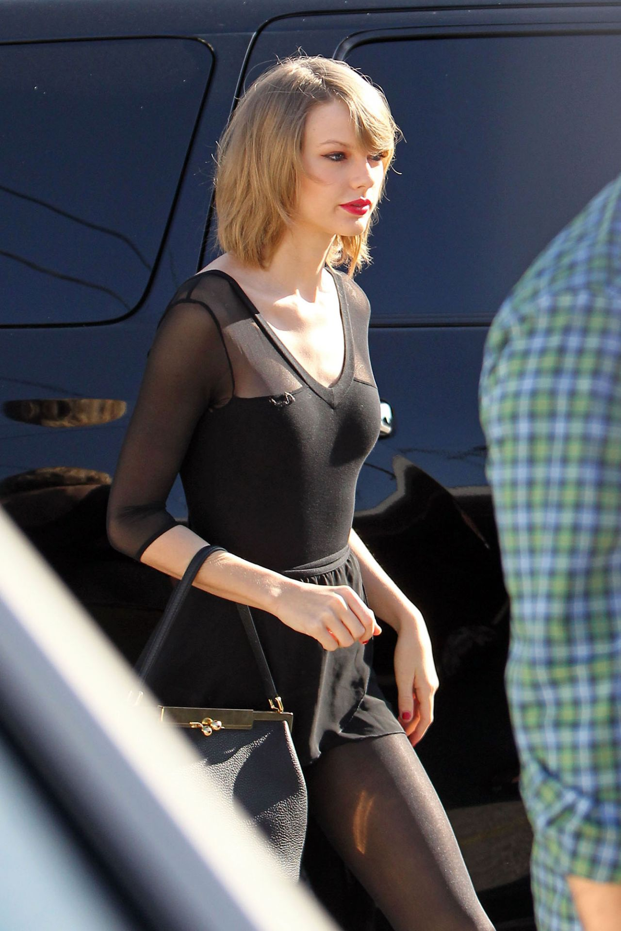 Taylor Swift At A Dance Studio In Los Angeles February 2014