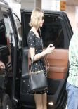 Taylor Swift Shops in Hollywood - February 2014