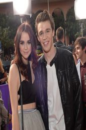 Acacia Brinley - Nickelodeon's Kids' Choice Awards 2014