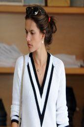 Alessandra Ambrosio Casual Style -